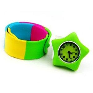 パッチンブレスレット時計